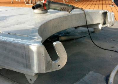 Reparatie aluminium loopbrug (gangway) - Scheeps reparatie en onderhoud - Lasbedrijf De Wildt - Wijchen Nijmegen