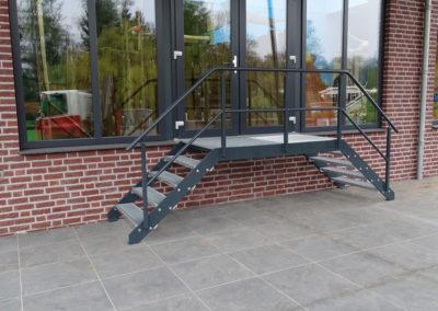 Stalen trap (bordes) - Lasbedrijf De Wildt - Wijchen Nijmegen